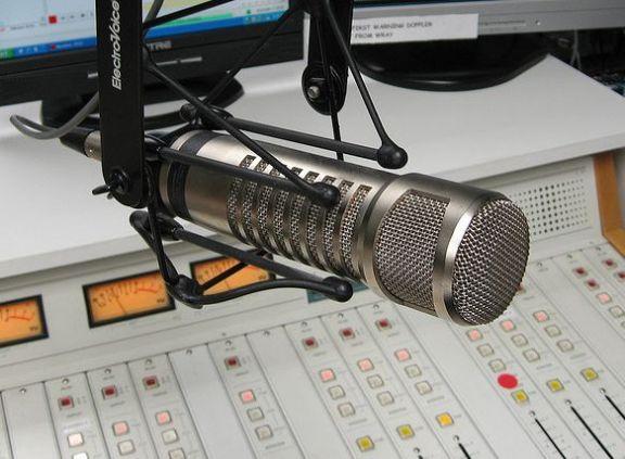 radio-station-microphone